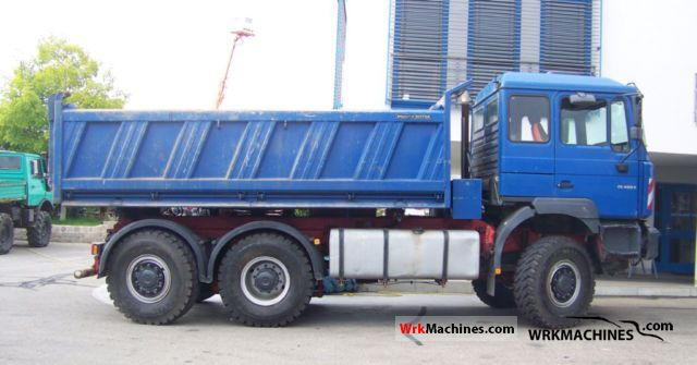 2002 MAN TGA 26.460 Truck over 7.5t Three-sided Tipper photo