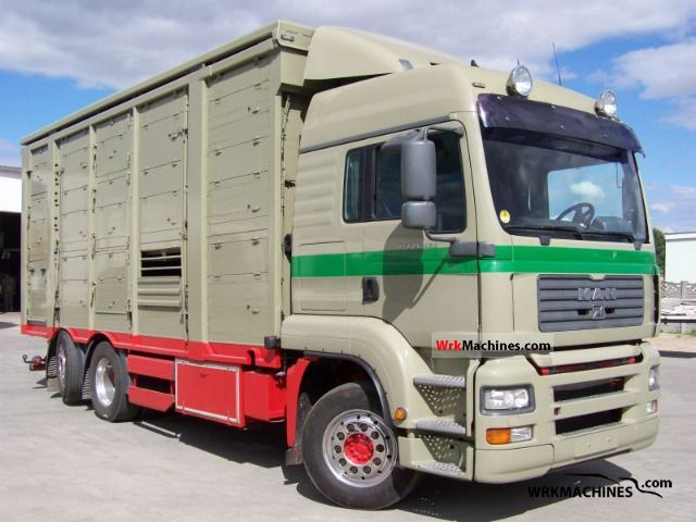 2005 MAN TGA 26.430 Truck over 7.5t Horses photo