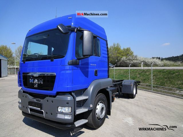 2011 MAN TGA 18.400 Truck over 7.5t Food Carrier photo
