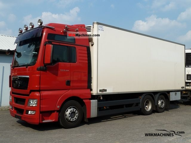 2008 MAN TGA 26.440 Truck over 7.5t Refrigerator body photo