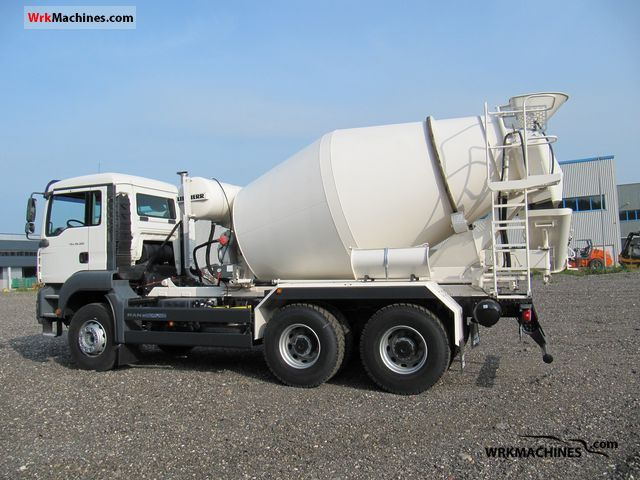 2010 MAN TGA 26.320 Truck over 7.5t Cement mixer photo