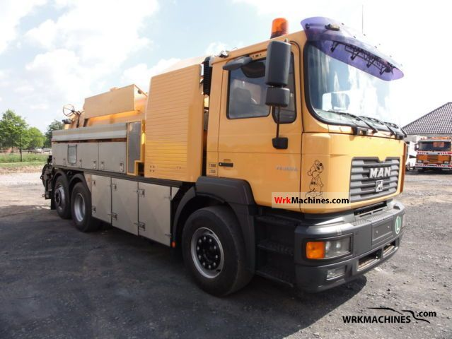 2002 MAN TGA FNLLC Truck over 7.5t Vacuum and pressure vehicle photo