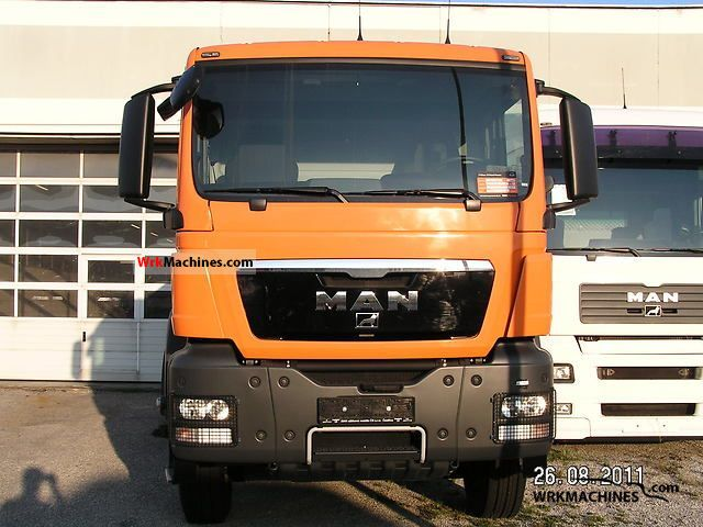 2011 MAN TGA 41.400 Truck over 7.5t Tipper photo