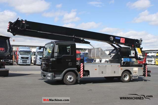 2010 MAN TGL 7.180 Van or truck up to 7.5t Truck-mounted crane photo