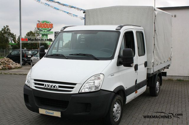 2006 IVECO Daily III 29L12 Van or truck up to 7.5t Stake body photo
