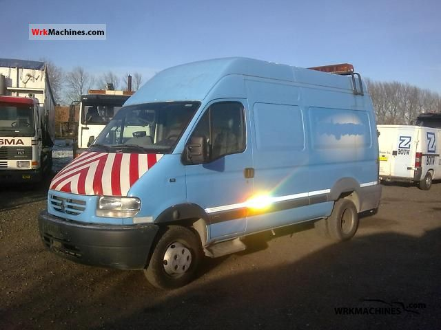 2002 RENAULT Mascott Mascott 110 Van or truck up to 7.5t Box-type delivery van - high and long photo
