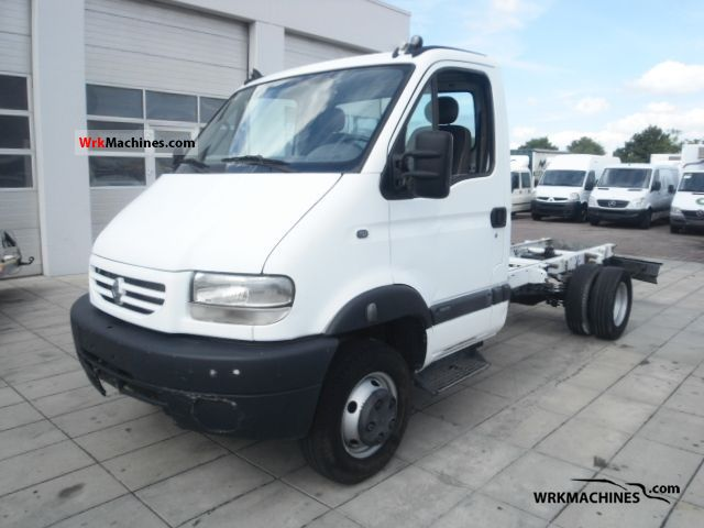 2001 RENAULT Mascott Mascott 110 Van or truck up to 7.5t Chassis photo