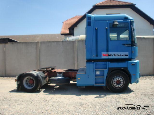 1997 RENAULT Magnum 390.19 Semi-trailer truck Standard tractor/trailer unit photo