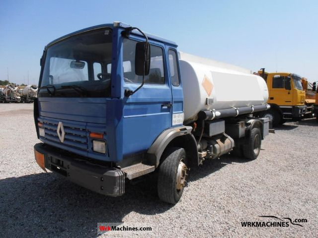 1993 RENAULT Midliner M 160.12/C Truck over 7.5t Tank truck photo