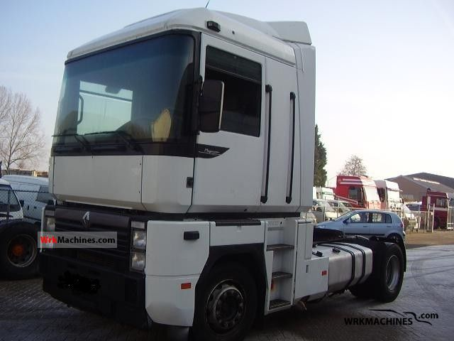 2000 RENAULT Magnum 470.18 Semi-trailer truck Standard tractor/trailer unit photo