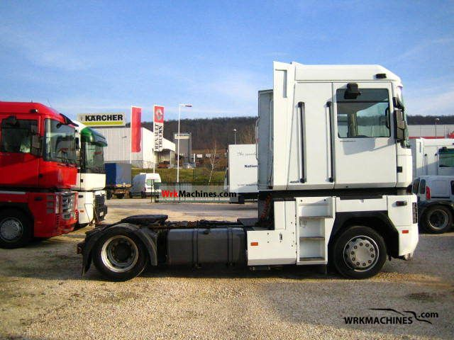 2004 RENAULT Kerax 400.18T Semi-trailer truck Standard tractor/trailer unit photo