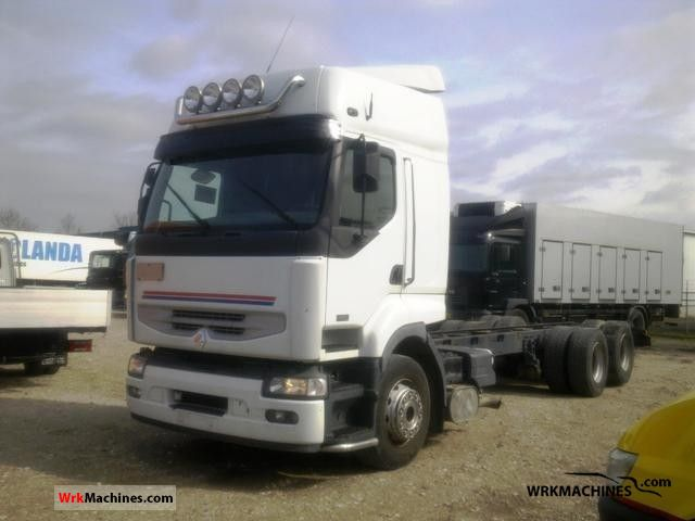 2005 RENAULT Kerax 420.26 Truck over 7.5t Chassis photo