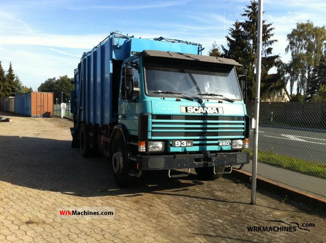 1994 SCANIA 3 - series 93 H/250 Truck over 7.5t Refuse truck photo
