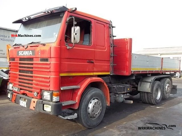 1983 SCANIA 2 - series 142 Truck over 7.5t Three-sided Tipper photo
