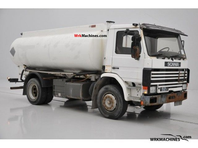 1988 SCANIA P,G,R,T - series 230 Truck over 7.5t Tank truck photo