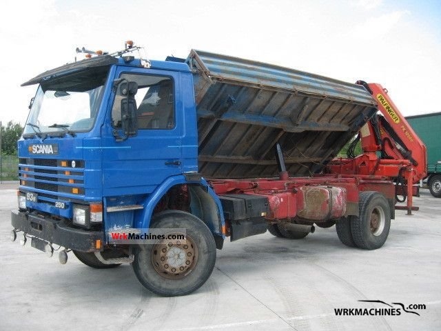 1992 SCANIA 3 - series 93 H/250 Truck over 7.5t Tipper photo