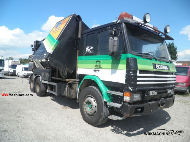 1992 SCANIA 3 - series bus 113 Truck over 7.5t Vacuum and pressure vehicle photo