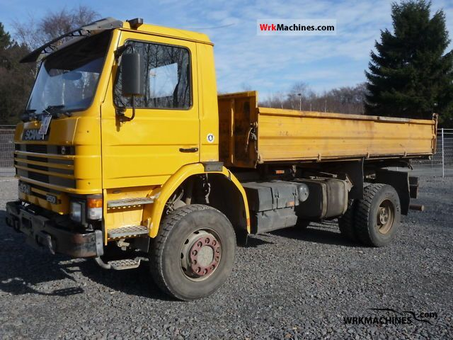 1996 SCANIA 3 - series 93 H/250 Truck over 7.5t Three-sided Tipper photo