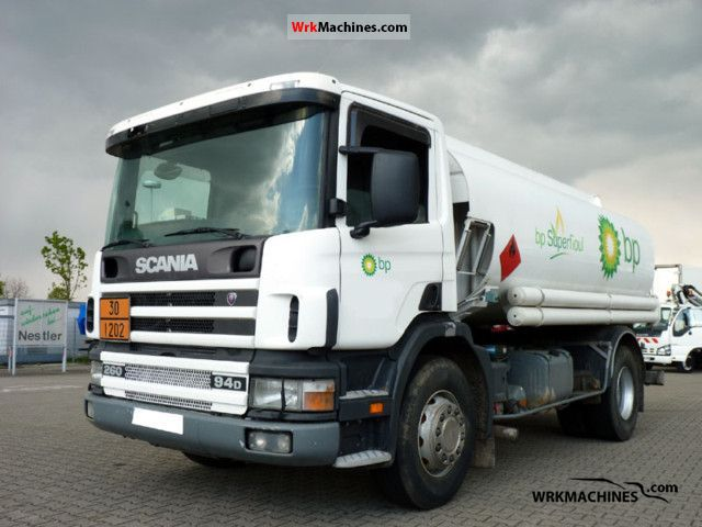 1998 SCANIA 4 - series 94 /D260 Truck over 7.5t Tank truck photo