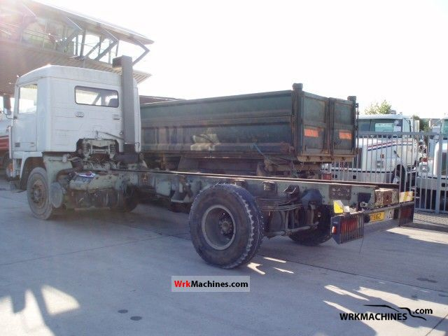 1986 VOLVO F 10 F 10/300 Truck over 7.5t Chassis photo