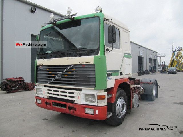 1989 VOLVO F 10 F 10/320 Semi-trailer truck Standard tractor/trailer unit photo