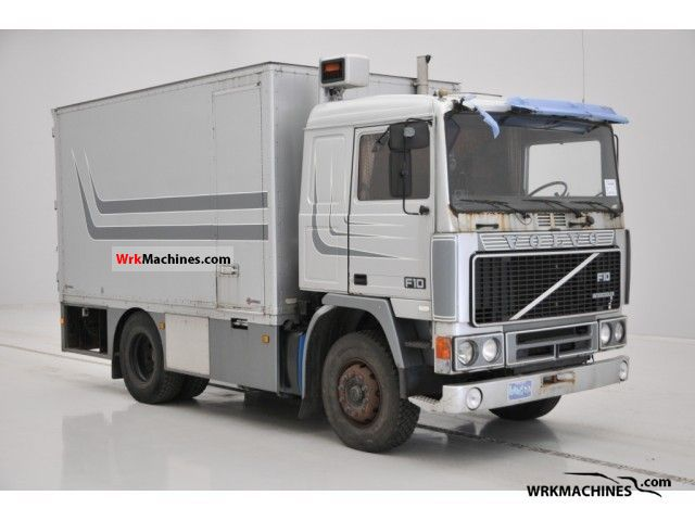 1987 VOLVO F 10 F 10/300 Truck over 7.5t Box photo