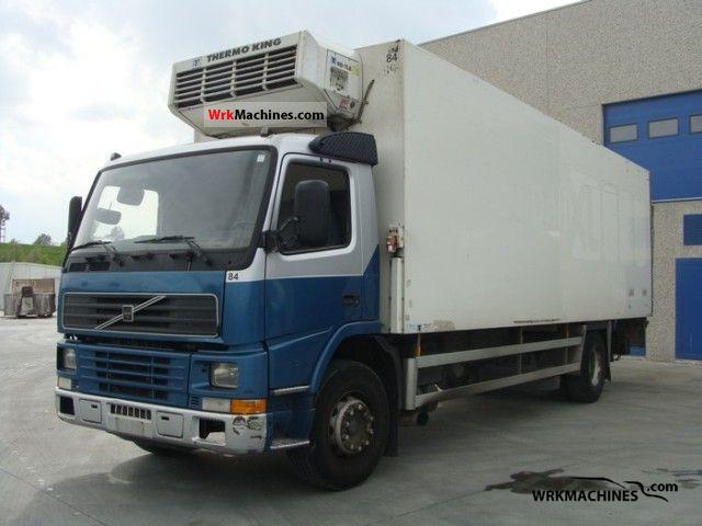 2001 VOLVO FM 7 FM 7/250 Truck over 7.5t Refrigerator body photo