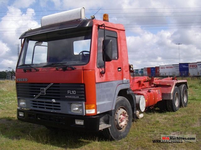 1991 VOLVO F 10 10/320 Truck over 7.5t Roll-off tipper photo