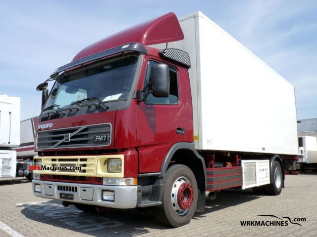 2001 VOLVO FM 7 FM 7/290 Truck over 7.5t Refrigerator body photo