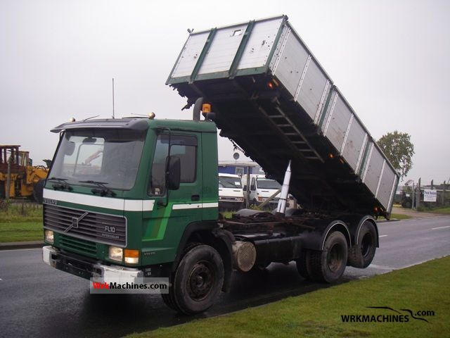 1990 VOLVO F 10 10/320 Truck over 7.5t Three-sided Tipper photo