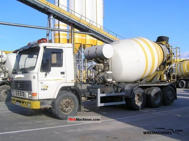 1989 VOLVO F 10 10/320 Truck over 7.5t Cement mixer photo