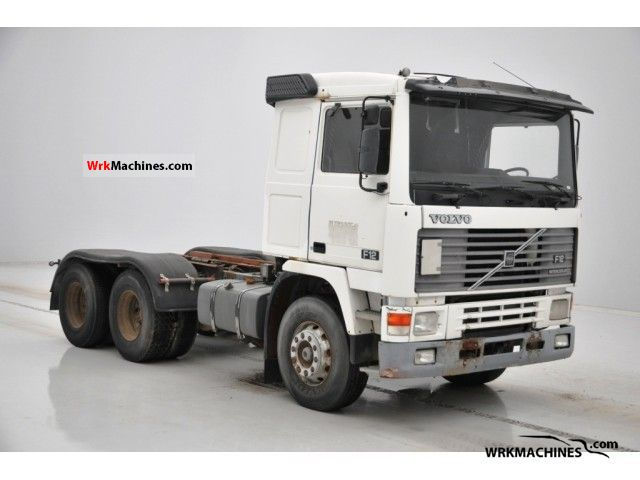 1993 VOLVO F 12 F 12/400 Truck over 7.5t Chassis photo