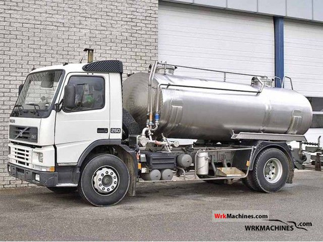 1999 VOLVO FM 7 FM 7/250 Truck over 7.5t Tank truck photo