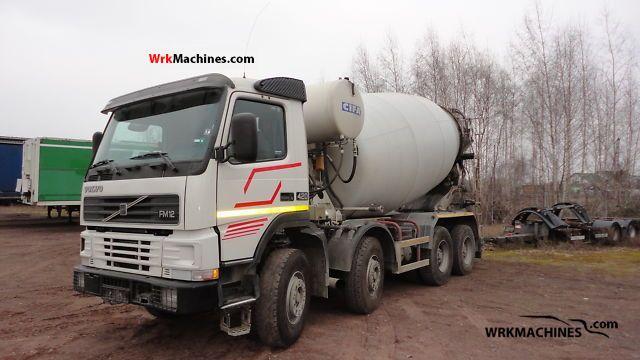 2000 VOLVO FM 12 FM 12/420 Truck over 7.5t Cement mixer photo