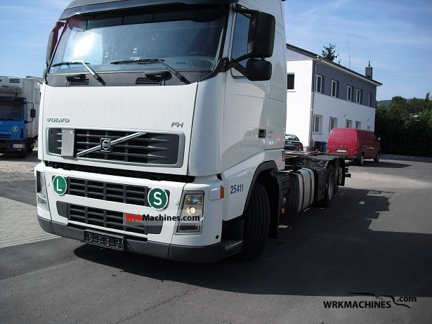 2006 VOLVO FH 440 Truck over 7.5t Swap chassis photo