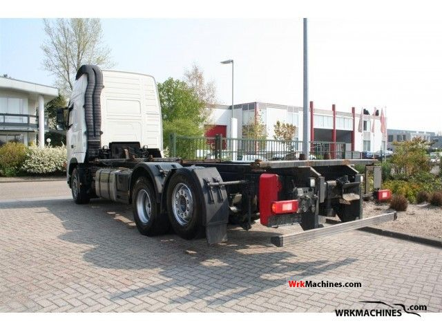 2008 VOLVO FH 440 Truck over 7.5t Swap chassis photo