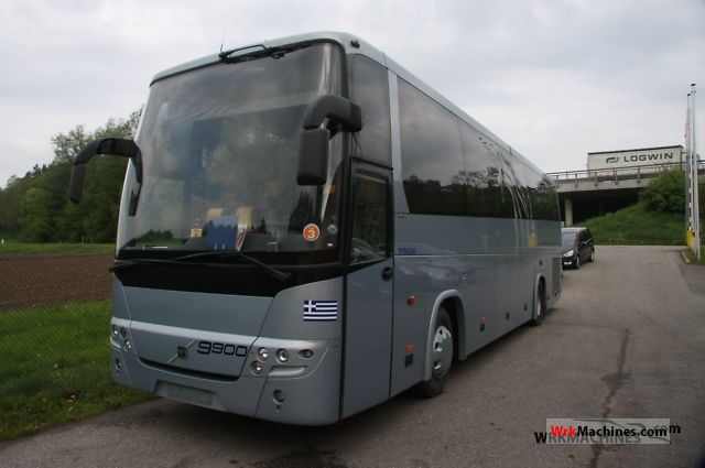2002 VOLVO 9700 9900 Coach Coaches photo