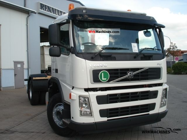 2009 VOLVO FH 400 Truck over 7.5t Chassis photo