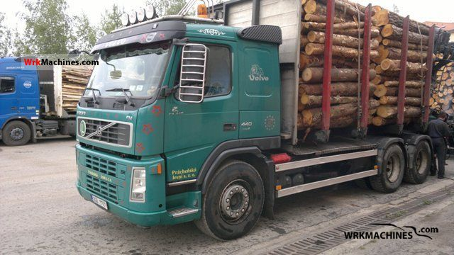 2007 VOLVO FH 440 Truck over 7.5t Timber carrier photo