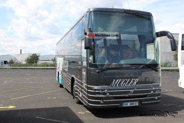 2004 VOLVO 9700 9900 Coach Coaches photo
