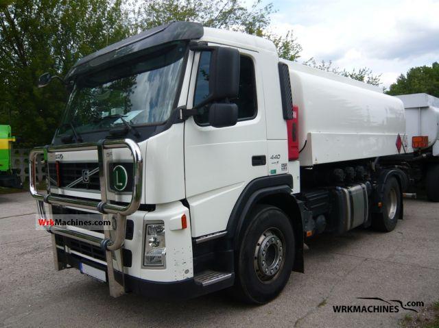 2009 VOLVO FM FM 440 Truck over 7.5t Tank truck photo