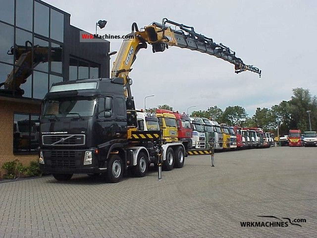 2011 VOLVO FH 520 Truck over 7.5t Truck-mounted crane photo